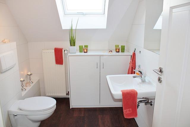 【トイレ掃除】頑固な尿石はクエン酸で落とそう!その手順を紹介!