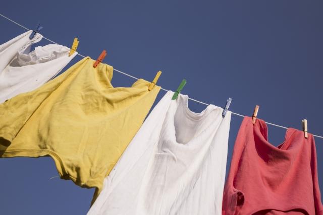 洗濯物の臭いの正しい取り方!オキシクリーンや重曹でスッキリ!
