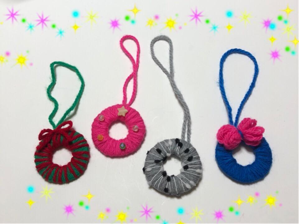 毛糸でミニリース♪可愛くて簡単にできるから子供でも作れちゃう!!
