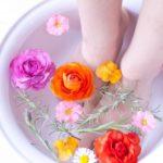 足湯で体全身の冷えを取って健康に!自宅で簡単に足湯をする方法!