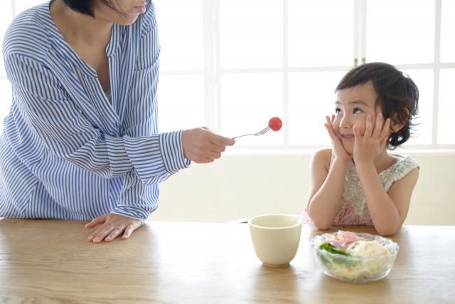 子供が食欲不振の時の原因と対処法。病気の可能性は?